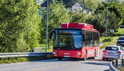 Om ikke partene kommer til enighet kan all busstrafikk bli stanset i Sarpsborg fra og med søndag.
