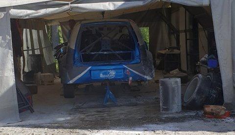Bilen som lørdag sto i flammer, blir søndag brukt i NM-runden i rallycross.