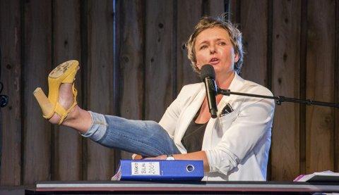 Ingrid Bjørnov trenger fiber og ber kommunen om råd.