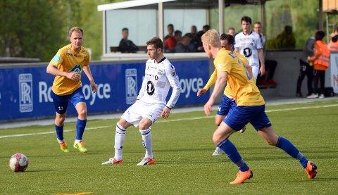 Liridon Kalludra og KBK møtte Brattvåg i cupen i 2019. Nå er det håp om et fullverdig fotball-NM til tross for koronapandemien.