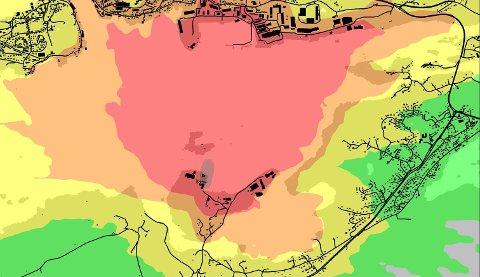 LUKTKART: Kartet viser hvordan lukt sprer seg fra asfaltanlegget på Husøya. Rød = stor luktrisiko, oransje = middels til stor risiko, gul = liten til middels risiko, grønn = liten risiko, ingen farge = svært liten risiko.