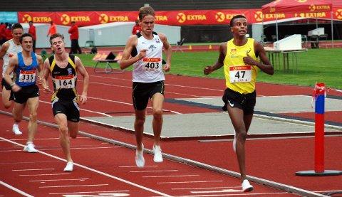 Simon Steinshamn (til høyre) løp godt i NM.