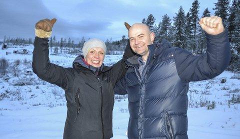 ANLEGGSTRIPPEL: – Neste år håper vi på å ha tre anlegg klare, sier Grete Thorsby og Finn Martin Paulsen fra Ormåsen grendeutvalg.