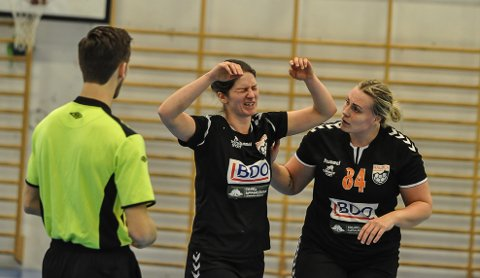 GA ALT: Susanne Pinderød-Engmo ga alt mot Kråkerøy. Pernille Christensen (th) ble toppscorer med åtte mål.