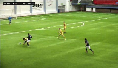 KLASSEFORSKJELL: Det ble stor forskjell mellom A-laget til Glimt og fjorårets 3. divisjonsspillere.  FOTO: Avisa Nordland