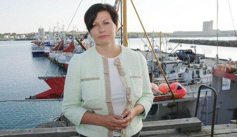 STØTTER MEHAMN-PAKKEN: Helga Pedersen sier Arbeiderpartiet støtter regjeringens bruk av distriktskvote til Mehamn.