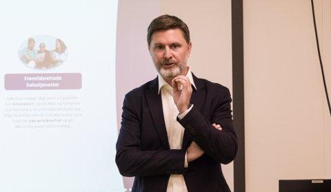 STOLT:  Kjetil Istad har gått av som administerende direktør i Sykehusinnkjøp HF. Han forteller at han er både stolt og takknemlig for å ha fått lede foretaket fra starten av.