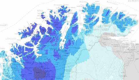VÅTT OG TØRT: Bildet viser en oversikt over vanntilførsel fra jorda fra regn og snøsmelting i Finnmark søndag 13. juni. Mørkeblått er mye, mens lyseblått er lite og grått ingenting.