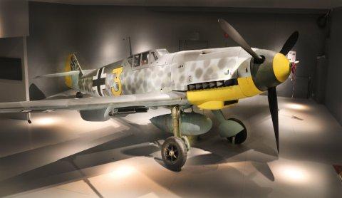 JAGERFLYET: «Messerschmitt Bf 109» er nå utstilt på luftfartsmuseet i Bodø etter 67 år på havets dyp og ti år med restaurering. Det er bare noen titalls fly igjen i hele verden som er så komplett som dette