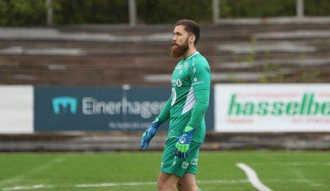 NESTEN BRØLER: TUIL-keeper Marius Wennersteen Berntzen var både heldig og dyktig som holdt nullen mot HamKam.
