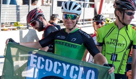 MILJØANSVAR: Det går an å sykle fort og bry seg som miljøet. (Foto: Gran Fondo World Tour).