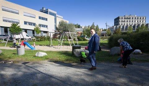 FLYTTES: Ordførerkandidat for Høyre i Nordre Follo, Thomas Sjøvold er klar på at det skal bygges svømmehall i dagens Generasjonspark.