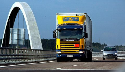 Neste år blir det slutt på å måtte betale bompenger for å kjøre over Svinesund.