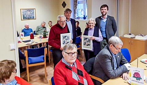 Veteraner: Kåre Tørresdal og Ellen Olsen ble hedret for lang og tro tjeneste.