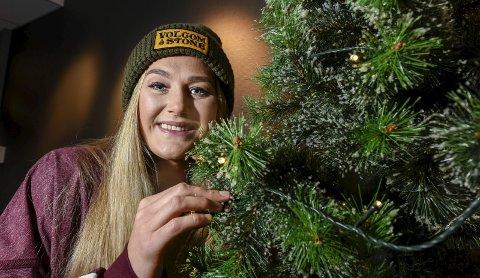 Avslapping: Lisa-Marie Karlseng Utland nyter fridagene på juleferie, og feirer jul både på hytta og hjemme. Lørdag bidrar hun på Girl's Training Day.Foto: Øyvind Bratt