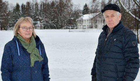 HAR BESTEMT SEG: Brukerutvalget. Fra venstre: Gunn Rauken (leder) og Aage Willy Jonassen (nestleder).