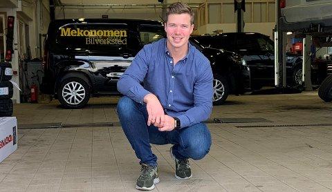 SALG OG SERVICE: Marius Aasen (28) er daglig leder for Motorpool Hønefoss AS.