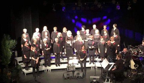 AGITATO-KONSERTER: Vårkonsertene er att av årets høydepubnkter for det nå 105 år gamle koret Agitato. Her fra lørdagens forestilling.