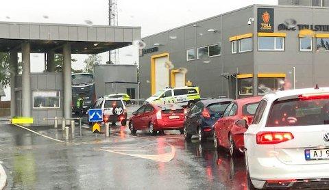 Sist gang Ørje-grensa åpnet måtte svenskehandlerne vente og god stund for å komme inn i landet igjen.