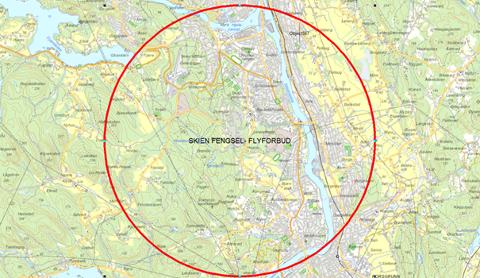 Flyforbudssonen gjelder Telemark fengsel, Skien avdeling. Lateral utstrekning: 2,5 nautiske mil og vertikal utstrekning: 2500 fot AGL.