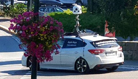 Den spesielle bilen med diverse kamera på taket har kjørt rundt i Tvedestrand en god stund nå.