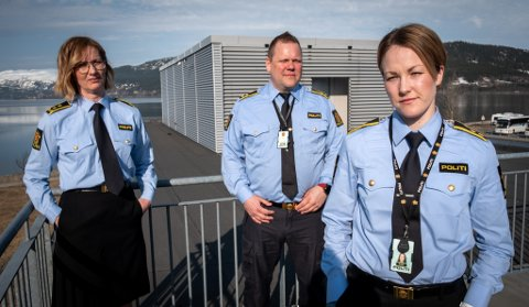 Leder for seksjon etterforskning, etterretning og forebygging vedpolitiet i Rana Hilde Sigholt Selstad, Leder for forebyggende gruppe i politiet Tom Håvar Bogen og politiadvokat Marianne Eskildsen