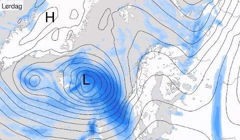 LAVTRYKK: Natt til lørdag siger et nytt lavtrykk inn over Sørvestlandet, med nedbør og vind.