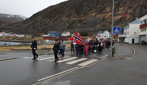 TOG: Slik så det ut i Kjøllefjord da de feiret 17. mai i 2019.