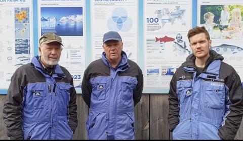 OVERSKOT: Det var betre i fjor, men eit årsresultat for Steinvik Fiskefarm på 63,5 millionar kroner må likevel vere godt innafor. Her er tre generasjonar Vassbotten- Eigarane Inge og Alex, og dagleg leiar Erlend Vassbotten.