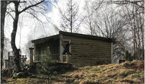 RIVEKLAR: Hytte, Austreim i Høyanger.