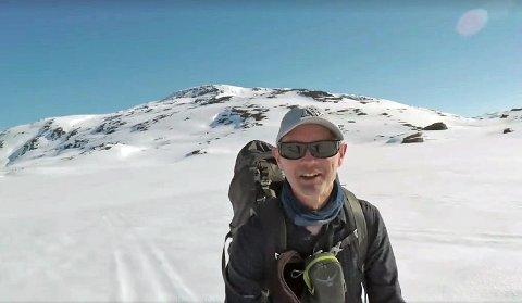 Bjørn Forselv mener at en skitur mellom Narvik og Alta er overkommelig for fjellvante folk - selv på denne tiden av året.