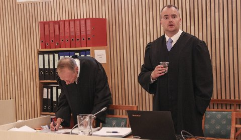 Statsadvokat Erik Thronæs (t.v.) og politiadvokat Jonas Nerdal.