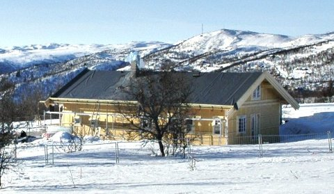På kanten av hardangervidda: Dette er kronprinsparets hytte i Fjellsnaret i Nore og Uvdal. FOTO: STÅLE WESETH