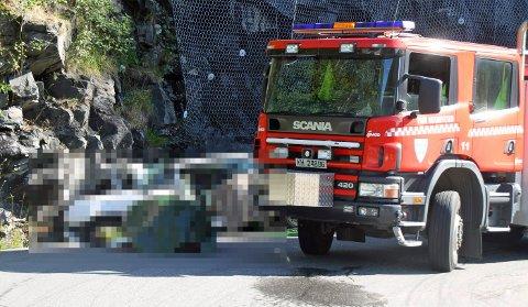 MÅ VURDERE: – Det er få ulykker med disse bilene, men denne hendelsen gjør at vi må gå inn og se om det er grunnlag for strengere krav, sier Espen Andersson i Statens vegvesen etter ulykken på Rjukan søndag.