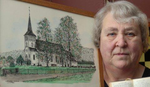 BEDRE SALEMSANG:  Ragnhild Graving i Gjesåsen ønsker bedre deltakelse i salmesangen i kirkene. Nå etterlyser hun forsangere.