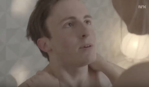 MÅTTE SPERRE VIDEO: NRK måtte sperre en video som fikk 350 millioner seere i serien «Dumpa». I hovedrollen spiller Knut Erik Engemoen fra Elverum.