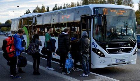 BLIR SAMKJØRT: Billettprisene på bussene i Hedmark og Oppland blir samkjørt fra 24. juni.