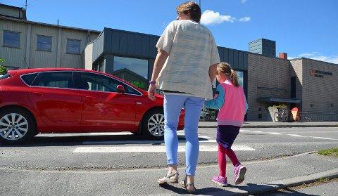 SKAL BLI BEDRE: Løten kommune ønsker å gjøre det mer attraktivt for sykling og gåing i sentrum.