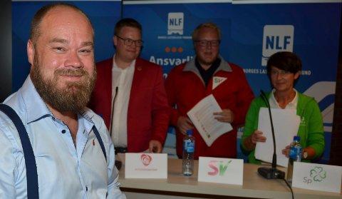 OVERRASKET: Truls Gihlemoen (Frp) er overrasket over at Sp takket nei til opposisjonens tilbud om at Aud Hove (i grønt) skulle bli fylkesordfører i Innlandet fylkeskommune. (Foto: Bjørn-Frode Løvlund)