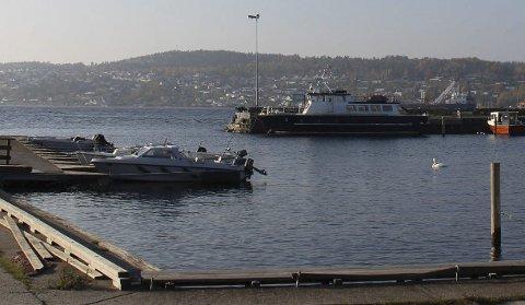 HAVN: Porsgrunn kommune ønsker å kjøpe Sandøya fiskerihavn av Kystverket.