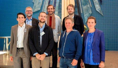 ALLE MANN ALLE: Hele ensemblet samlet. Fra venstre: Francesco Fregni, J. Fredrik Lysø, Steinar Dale, Marie Buskov, Johannes Sørhaug, Espen Surnevik og Espen Dietrichson.