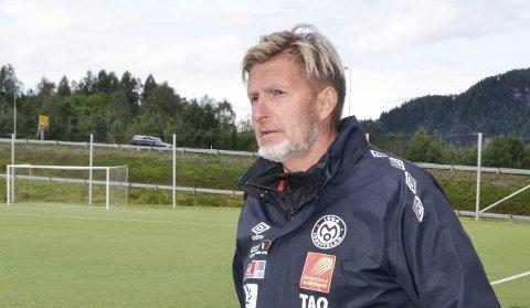 Mo IL-trener Thor André Olsen har trent laget i flere år, og i fjor tjente han i underkant av 130.000 kroner. Foto: Trond Isaksen
