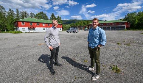 Andreas Johansen (t.v.) og Anders Linge Solheim har etablert Bovigo AS på Bjerka. Gjennom selskapet tilbyr de prosjektledelse i fasen fra idé til ferdig regulert område samt rådgivning og gjennomføring av flere oppgaver innenfor eiendomsutvikling.