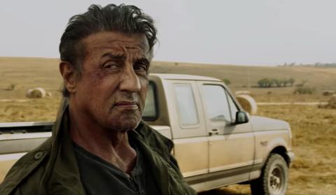 RABO ER TILBAKE: Den post-traumatiske hevneren John Rambo i Sylvester Stalles skikkelse er klar igjen - i den femte Rambo-filmen, Last Blood.