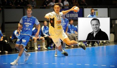 Runars Tobias Glemming i aksjon mot Drammen - det er slik vi helst vil se håndballspillere, skriver ansvarlig redaktør og daglig leder, Steinar Ulrichsen (innfelt).