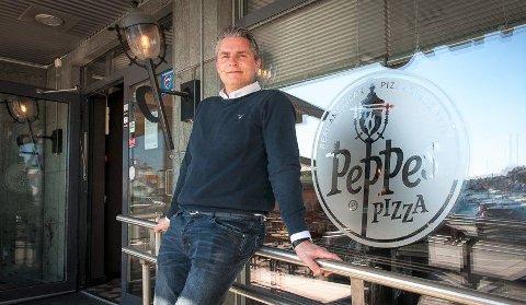 PIZZABY: – Vi solgte og serverte mellom 60 og 65.000 pizzaer av stort og smått i 2019, sier Ole Jonny Borgersen-Berg, som er administrativ leder hos Peppes i Sandefjord, Larvik og Horten. ARKIVFOTO: Knut Nordhagen
