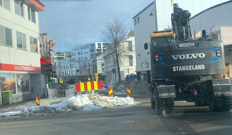 STENGD: Gjesdalveien er stengd. Biletet er tatt 2. februar då delar av St. Olavs gate òg var stengd.