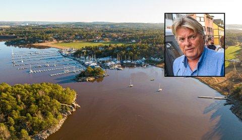 Utvalgsleder Tor Egil Brusevold (innfelt) er ikke enig i at saken om utbygging av båthavna i Grimsøykilen bør få en ny politisk behandling.
