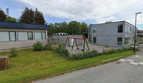 Fra 1. januar begynner prosessen med å flytte Røyneberg barnehage over i disse lokalene i Kornbergvegen. Her har det tidligere vært barnehagedrift, samt vært brukt som klasserom den gangen da Sola ungdomsskole ble rehabilitert.