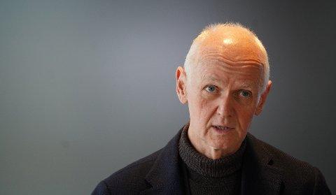 Geir Bukholm understreker at lettelser i koronarestriksjonene først er aktuelt når alle over 45 år er vaksinert. Foto: Ole Berg-Rusten / NTB